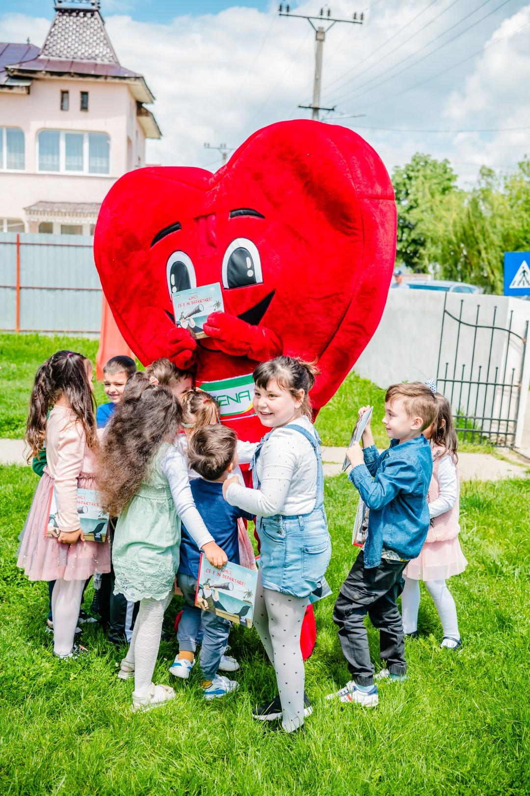 Copiii iubesc inima-resize